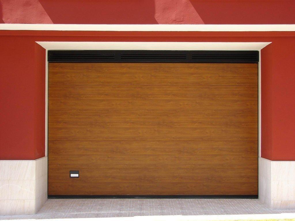 Puertas de parcela cerralux paterna cerramiento for Puertas para cerramientos